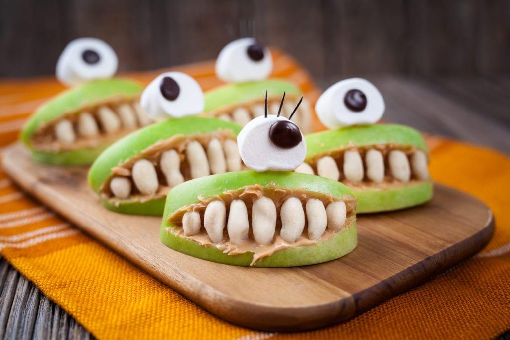 creepy-caramel-apple-smores